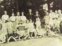 The class of Pine Grove School, September 1914, near Gays River, NS. Cheryl Kellett Collection
